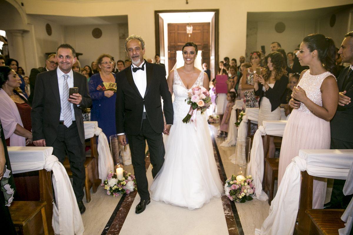 sposa-con-papà-fotografo-matrimoni-greccio
