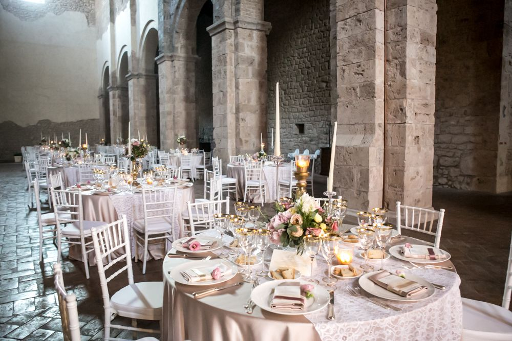 wedding-in-San-Pastore-Abbey-photo-Devid-Rotasperti
