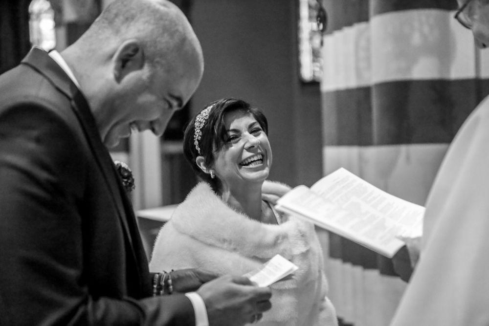 il-sorriso-della-sposa-durante-il-rito