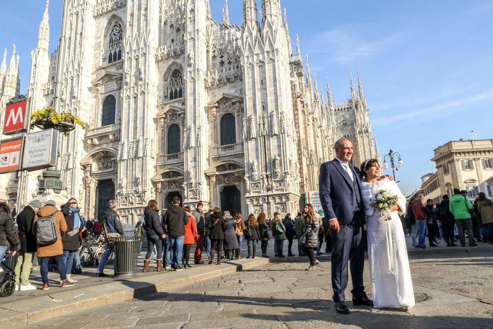 gli-sposi-fotografati-al-Duomo